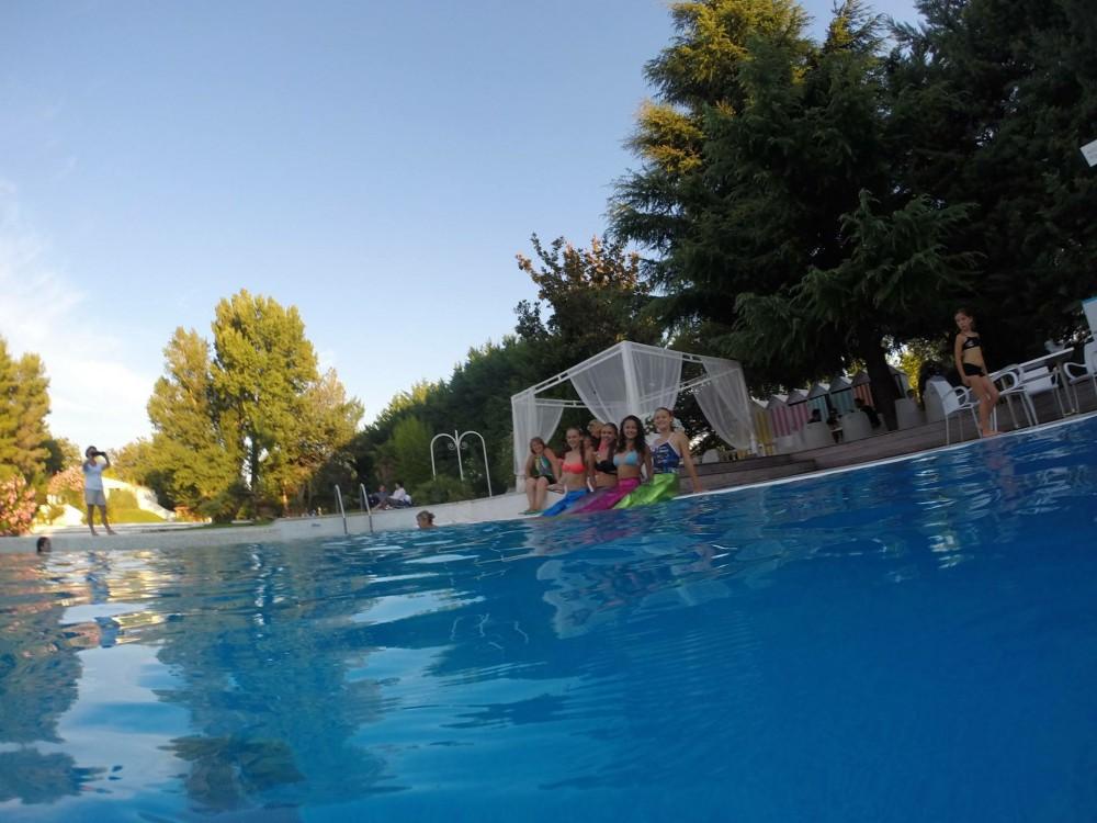 Setclub piscine set club la grande famille du sport et - Piscine plein air aix en provence ...