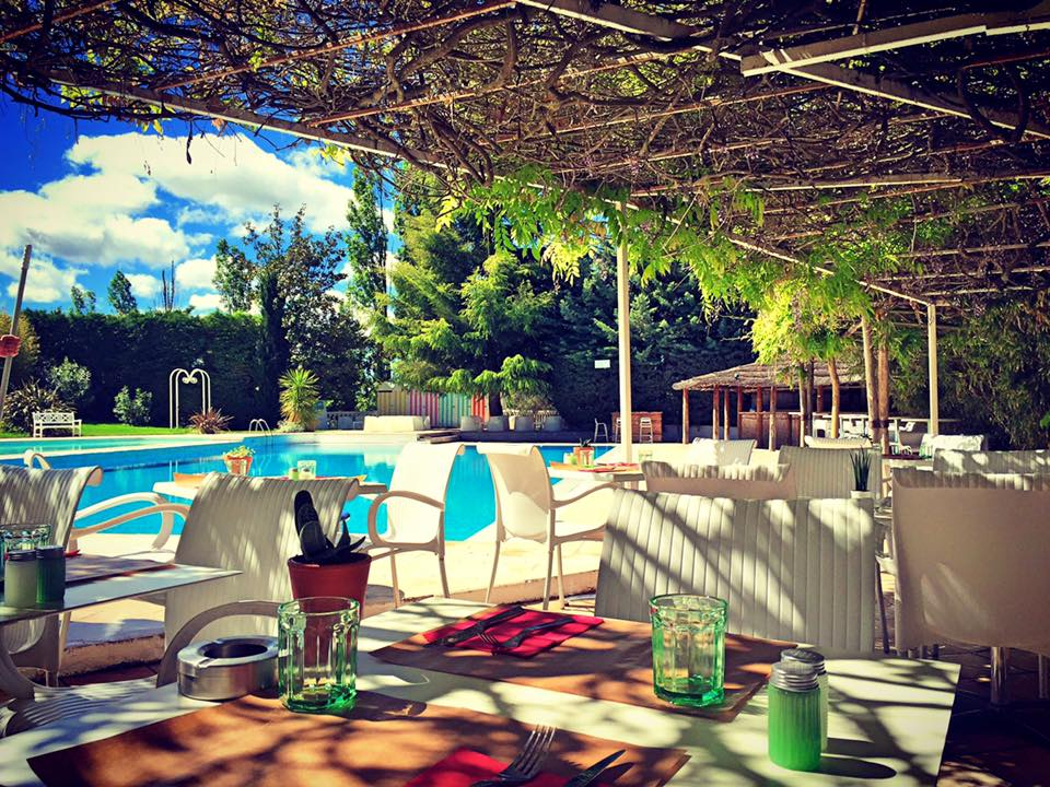 Set restaurant set club la grande famille du sport et - Restaurant avec jardin aix en provence ...